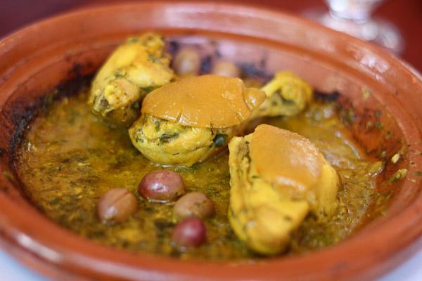 poulet marocain aux olives et citron confit felcouzina. Black Bedroom Furniture Sets. Home Design Ideas