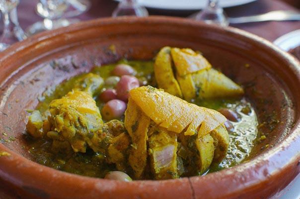 recette-poulet-marocain-olives-citron-confit-safranAC